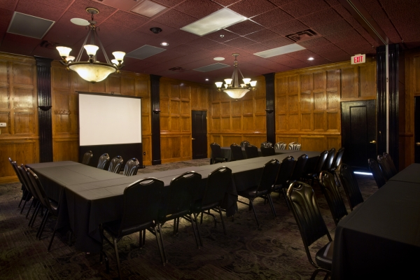 Scotch and Sirloin's Five Banquet Rooms can accommodate any size event you may have!